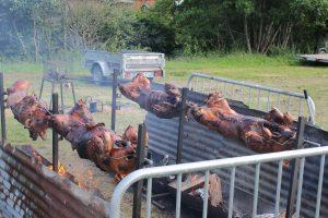 Cochons grillés -Bernay-en-Champagne - juin 2016