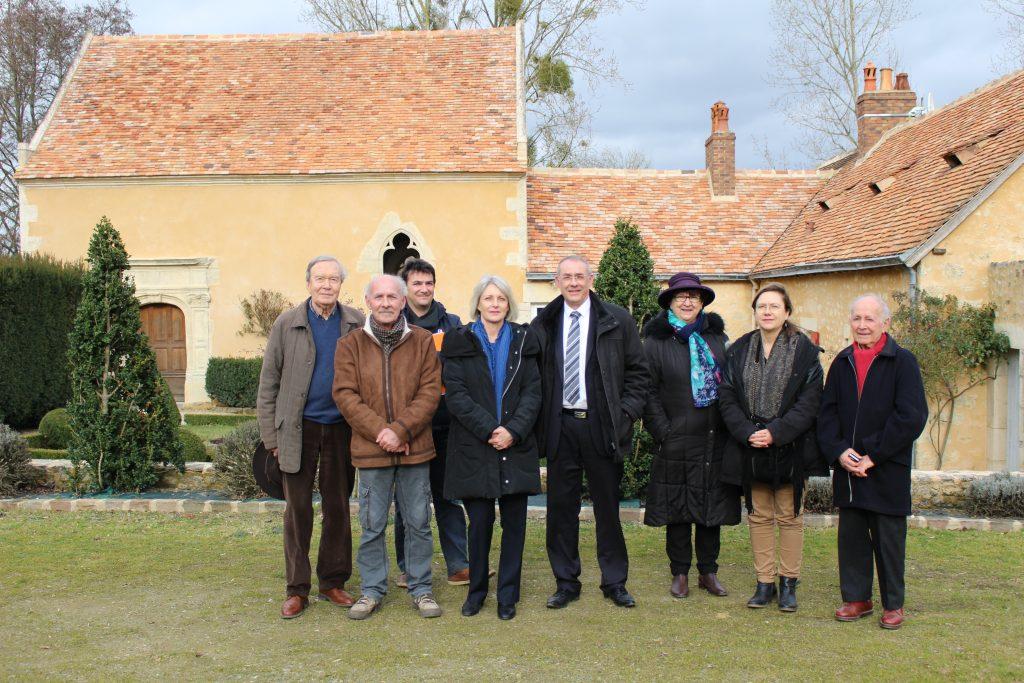 Vincent HULOT, maire de Bernay-en-Champagne reçoit Madame la Sous-préfète